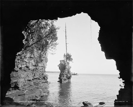 Apostle Islands, L[ake] S[uperior], Temple Gate
