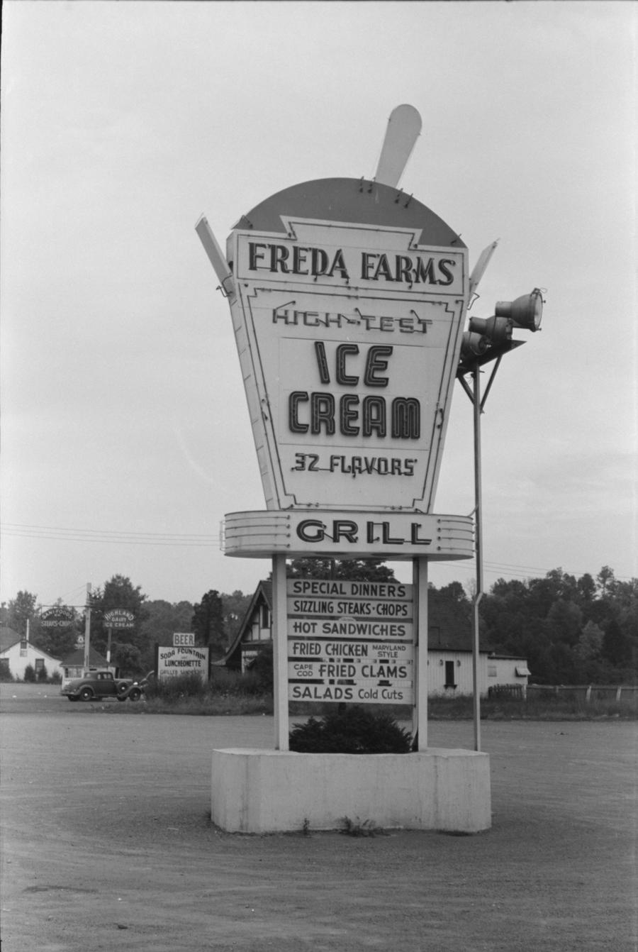 Ice cream advertising near Berlin, Connecticut