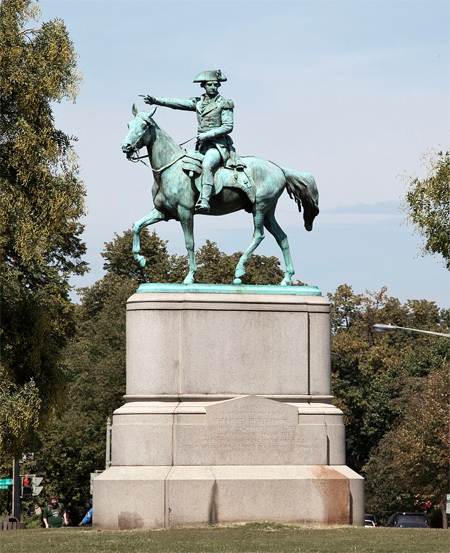 Statue of American Revolutionary War Major General Nathanael Greene