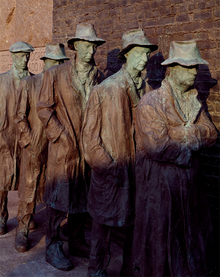 Sculpture depicting a Great Depression breadline at the Franklin Delano Roosevelt Memorial, Washington, D.C.