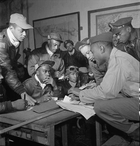 Tuskegee airmen at Ramitelli, Italy