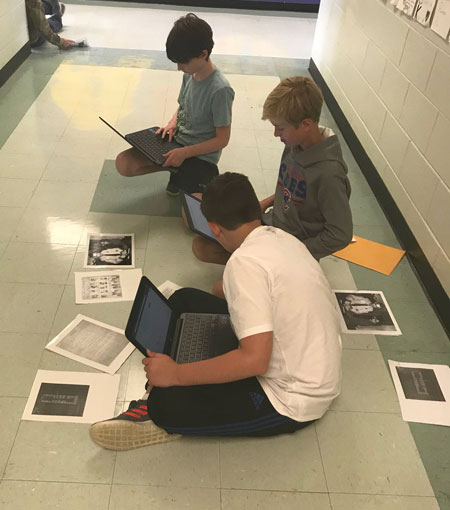 5th grade Ss analyzing primary sources.