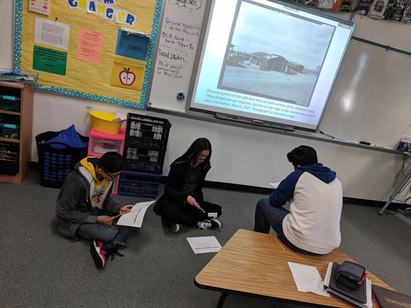 A civics lesson about @DoloresHuerta using @librarycongress Primary Sources with the 8th graders